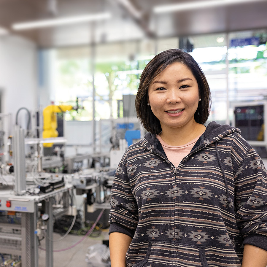 Heesun Kim in Engineering lab